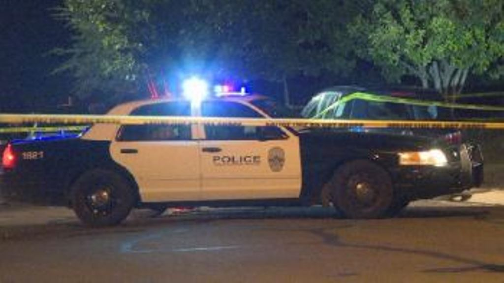 One killed in firefight between teenagers in southeast Austin
