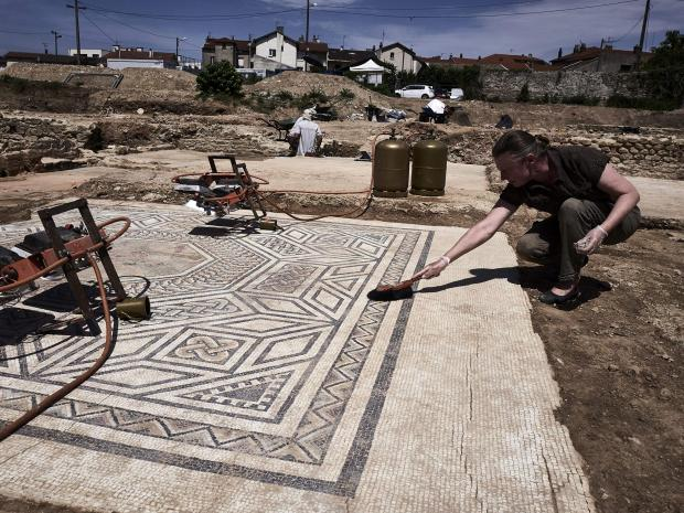 Roman ruins in France dubbed 'Little Pompeii'